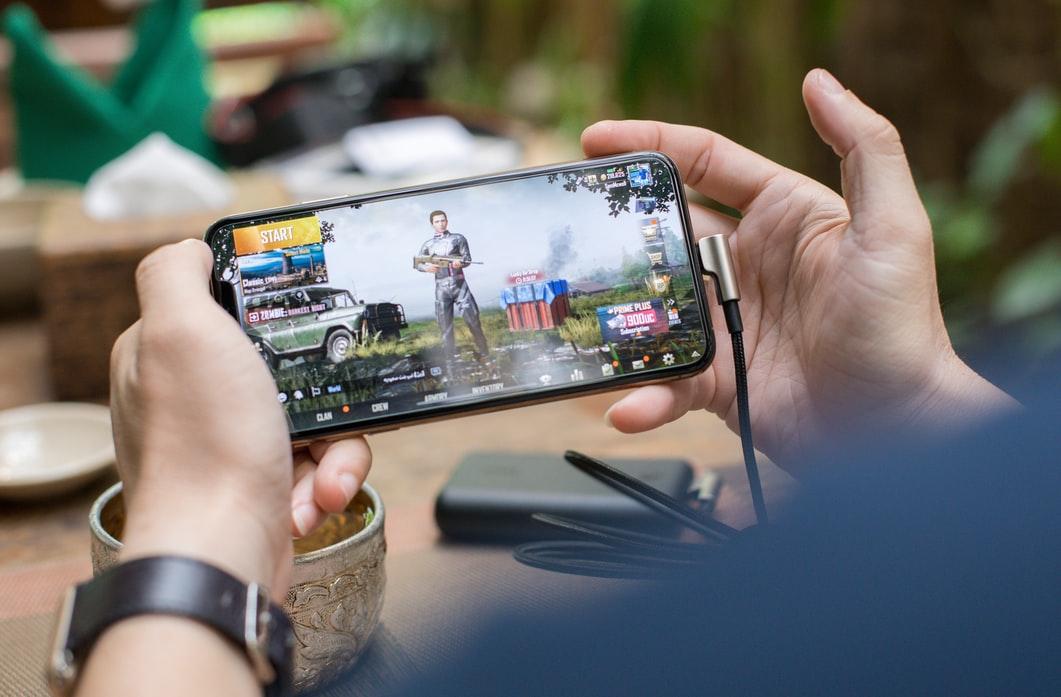 Ces 4 jeux mobiles qui vous rendront accro